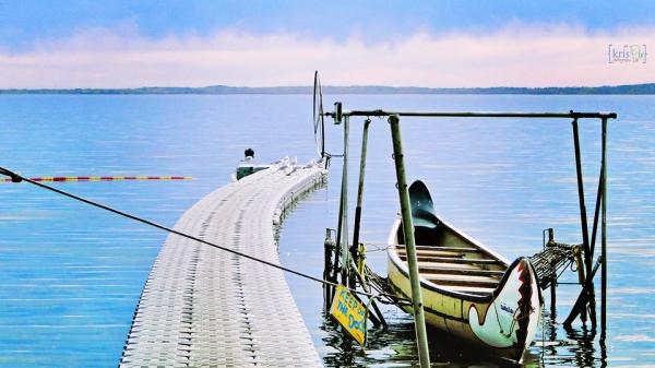 calm---wabamun-lake